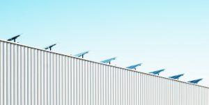 zonnepanelen bedrijfsgebouw